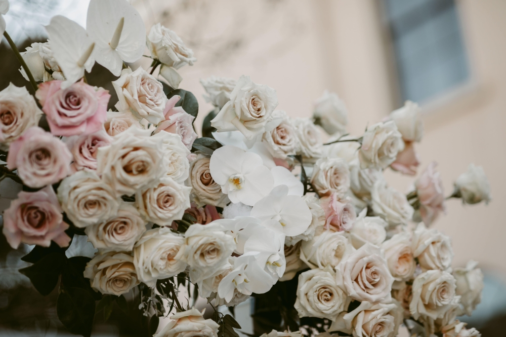 Roses and orchids wedding ceremony at The Mint